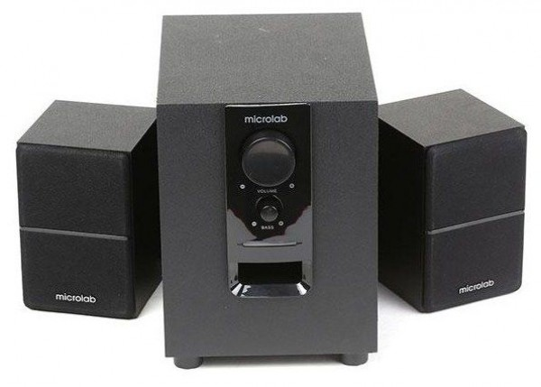 Microlab M-106BT Aktivni drveni zvucnici 2.1 10W RMS(5W, 2x2.5W) BLUETOOTH , 3.5mm