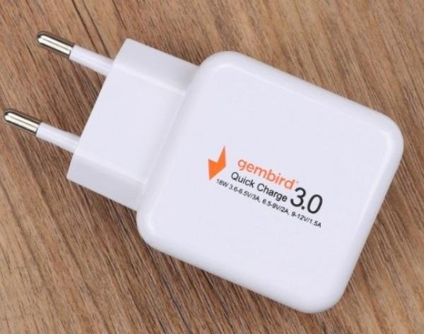 GEMBIRD NPA-AC31  QC3.0 brzi punjac +kabl za telefone,18W 3.6-6.5V/3A, 6.5V-9V/2A, 9V-12V/1.5A(479)